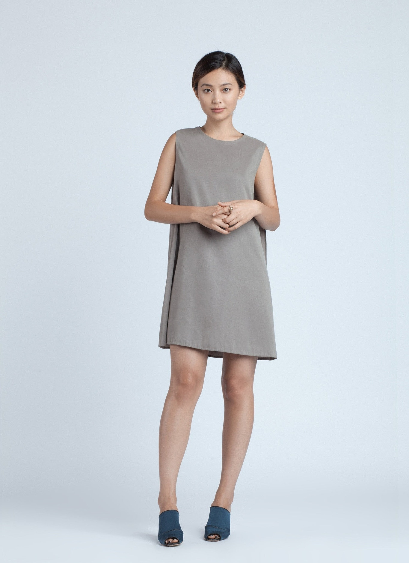 5b45e4ffdeed3 KAAREM - Piece of Air Sleeveless Overlap Dress - Grey