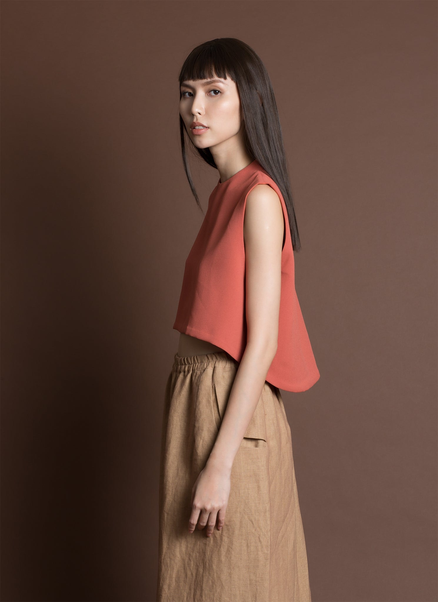 Wind Chime Raised Collar Cropped Top - Coral