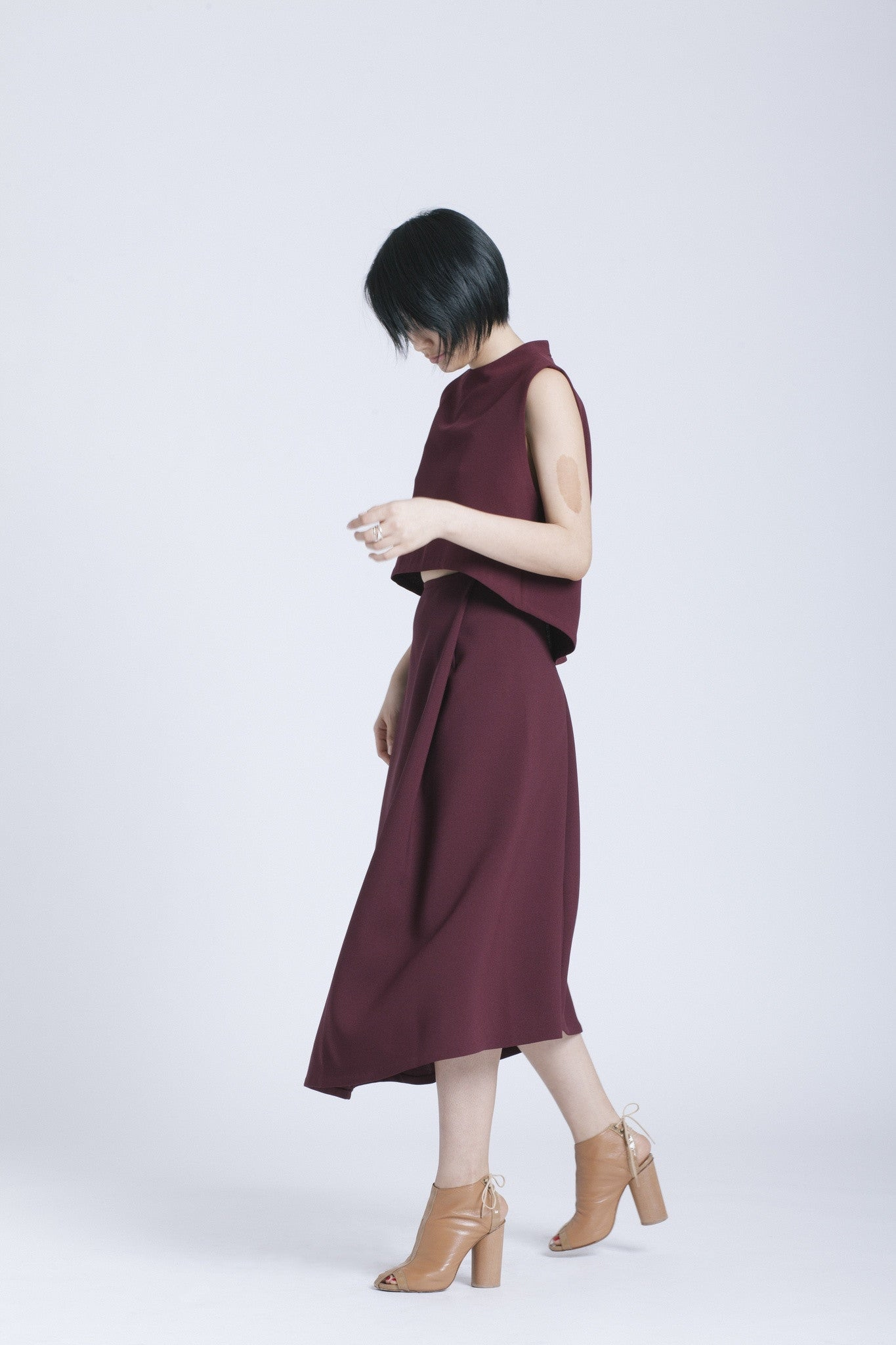 379f1ee1fec5 KAAREM - Stream Deep Pleated Midi Skirt - Burgundy