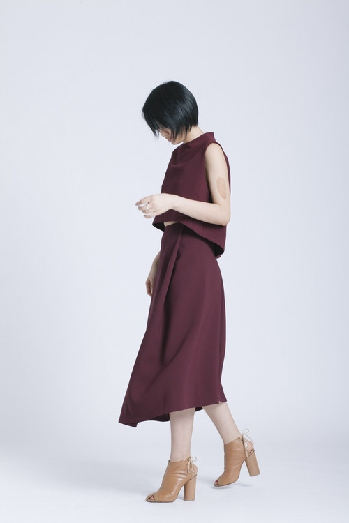 Stream Deep Pleated Midi Skirt - Burgundy
